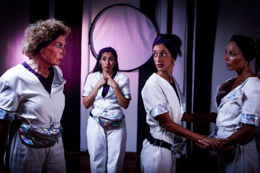 """Las cuatro mujeres de """"2072"""" aterrizan en Mar del Plata"""